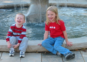 Shelby/Bray - fountain: Shelby & Brayden at OU Fountain