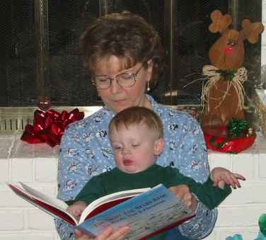 Brayden & MaMa: Brayden and MaMa reading Christmas Morning